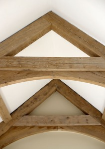 timber framing, oak frame, arch braced truss, green oak, timber frame, carpenter, carpentry