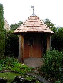 oak buildings, carpenter, timber framing, green oak, garden structure, garden folly