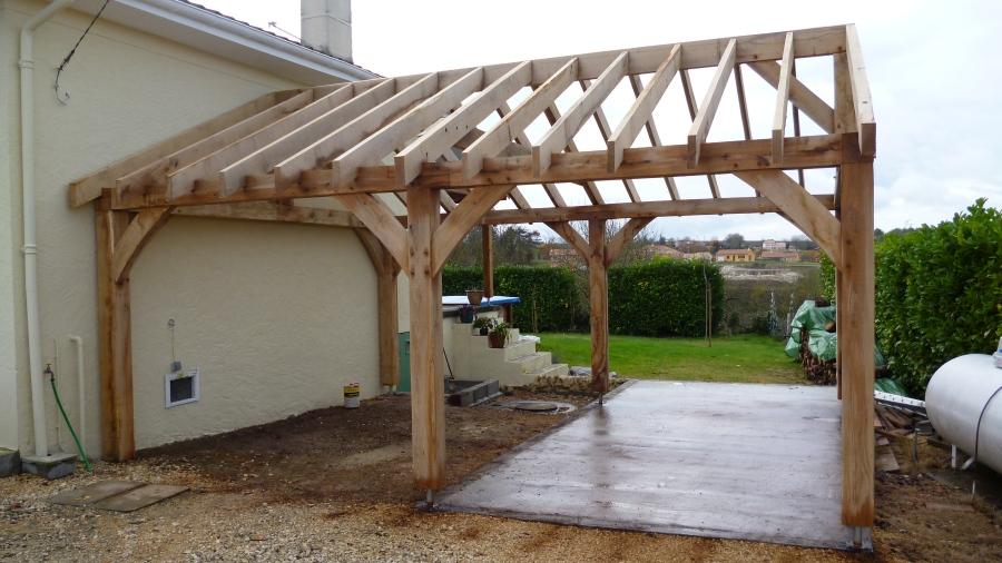 oak garage, timber framed garage, carpenter, green oak, car port, Dordogne, France