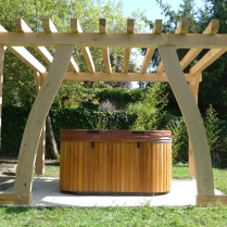 oak pergola, oak frame, carpenter, carpentry, timber frame, timber framing, garden structures, Dordogne, France
