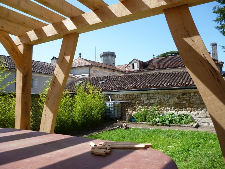 pergola, oak frame, timber frame, carpenter, timber framing, Dordogne, France
