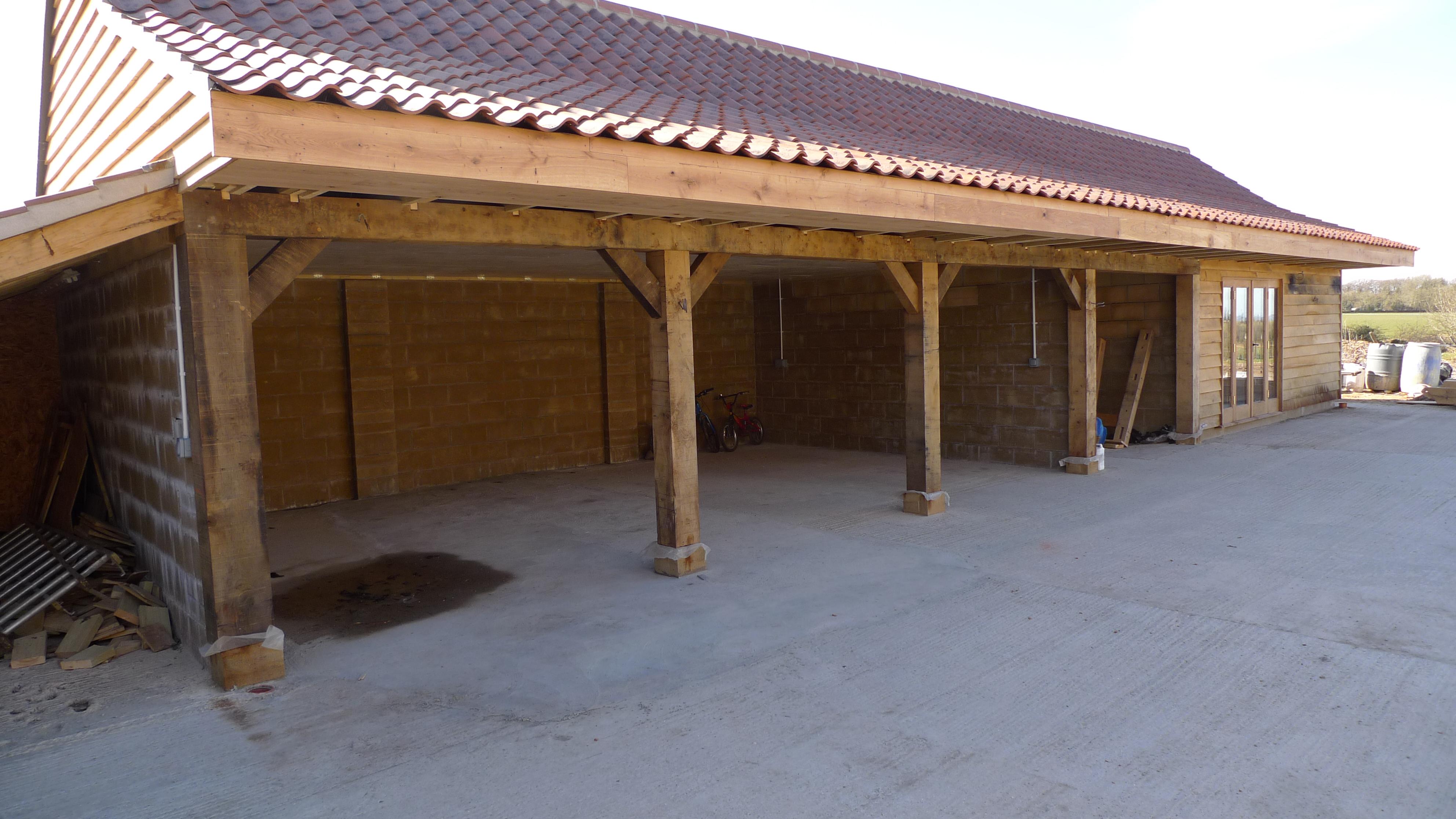 Garages and car ports | Oak Timber Framing & Carpentry in France