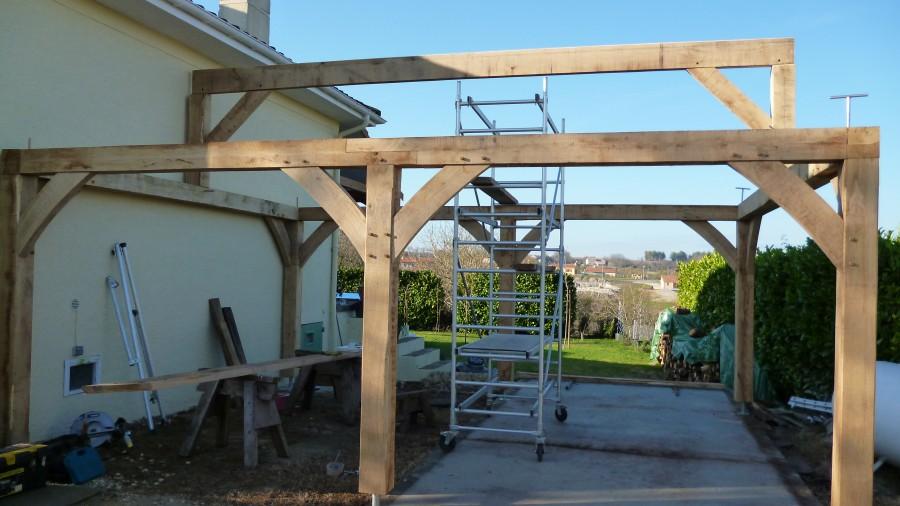 Timber framing oak green oak wind brace top plate oak garage